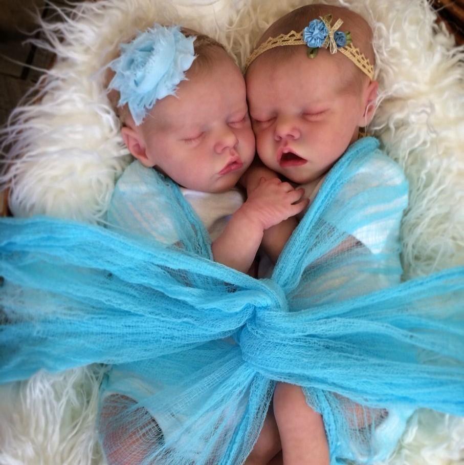 "17 "" Real Lifelike Twins Sister Amy and May Reborn Baby Doll Girl"