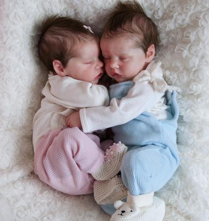 """17 """" Real Lifelike Twins Sister Debbie and Deborah Reborn Baby Doll Girl"""