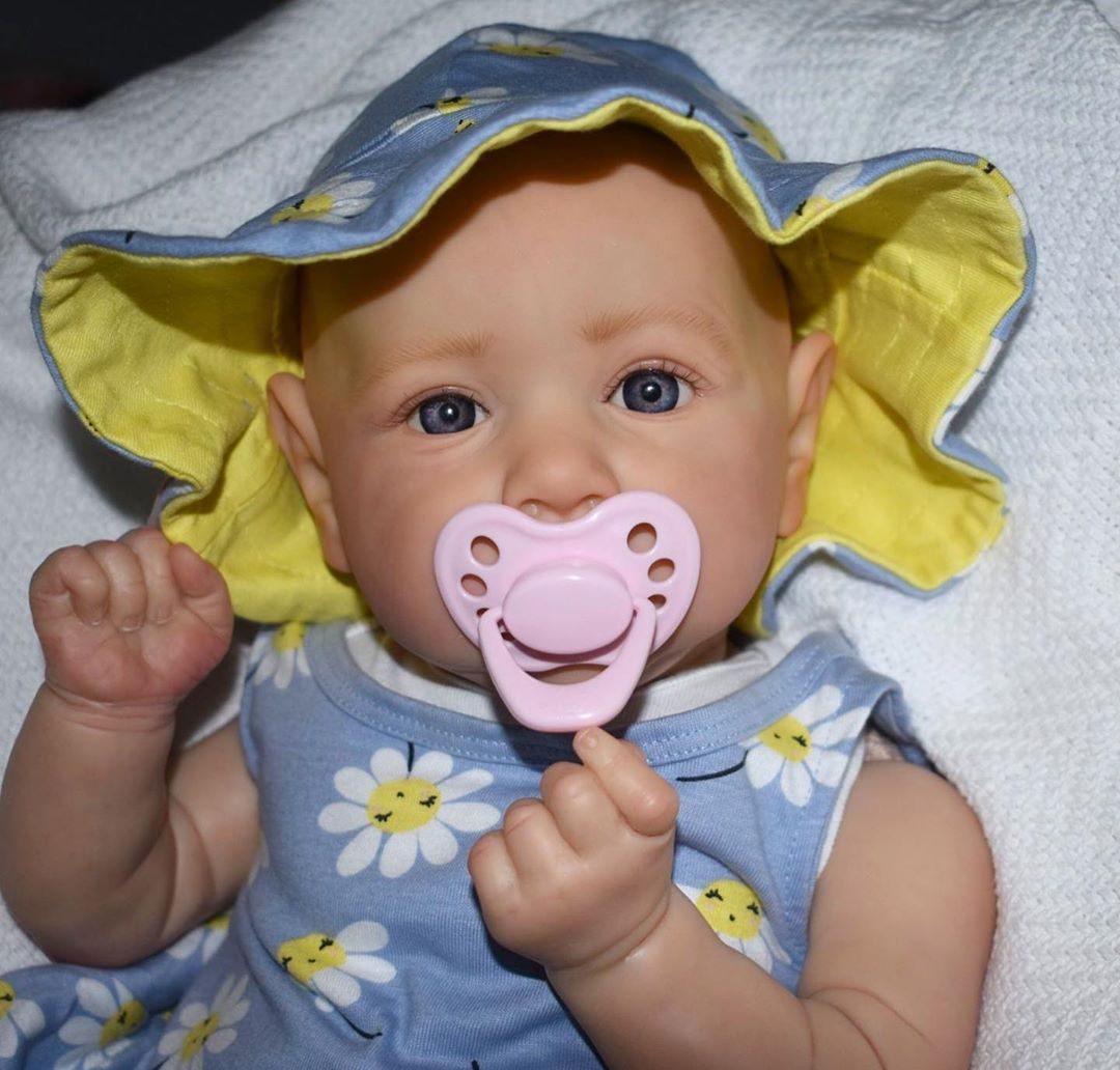 "22"" Lifelike Nirupa Reborn Baby Doll Girl"